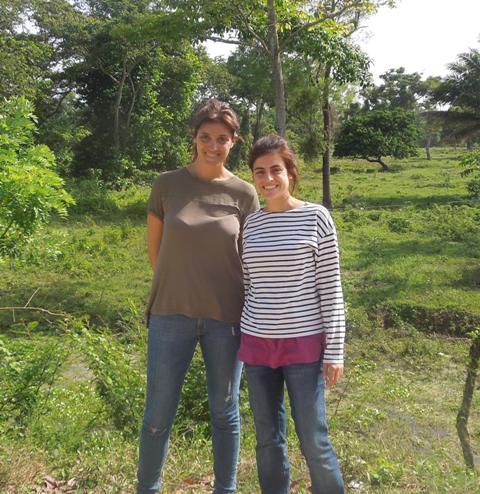 """""""La participación de la comunidad en la construcción de letrinas y el abastecimiento de agua permite que valoren su propio esfuerzo"""""""